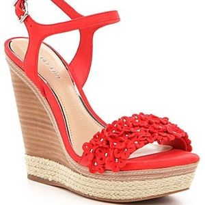 GIANNI BINI fire red petall wedge sandal heels 7.5